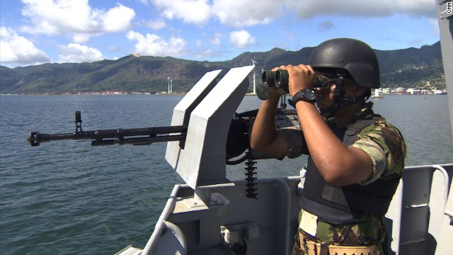 seychelles-coast-guard-patrol-seal-superyachts-agents