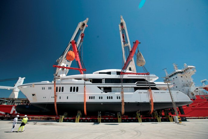 sunrise-yachts-launches-superyacht-irimari-seal-superyachts