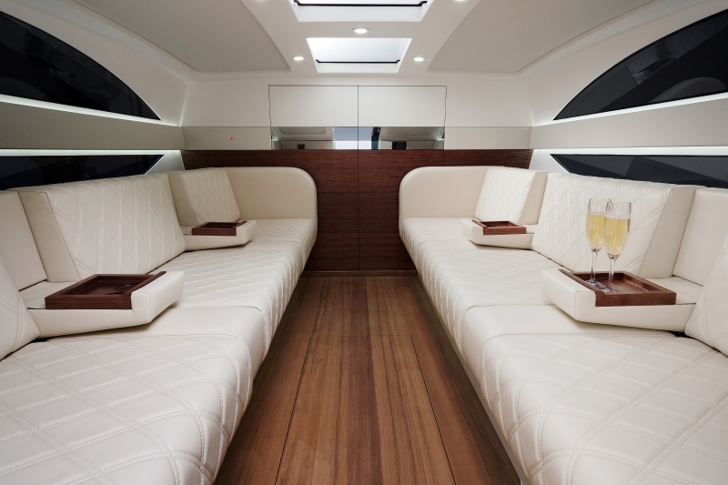 7088-Limotender-int-Seal-Superyachts-Agents