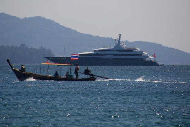 Seal_Superyachts_Thailand_Yacht_Agents_625