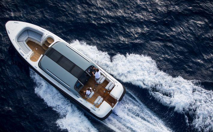Award winning Pascoe International to showcase new Limousine tender in Monaco