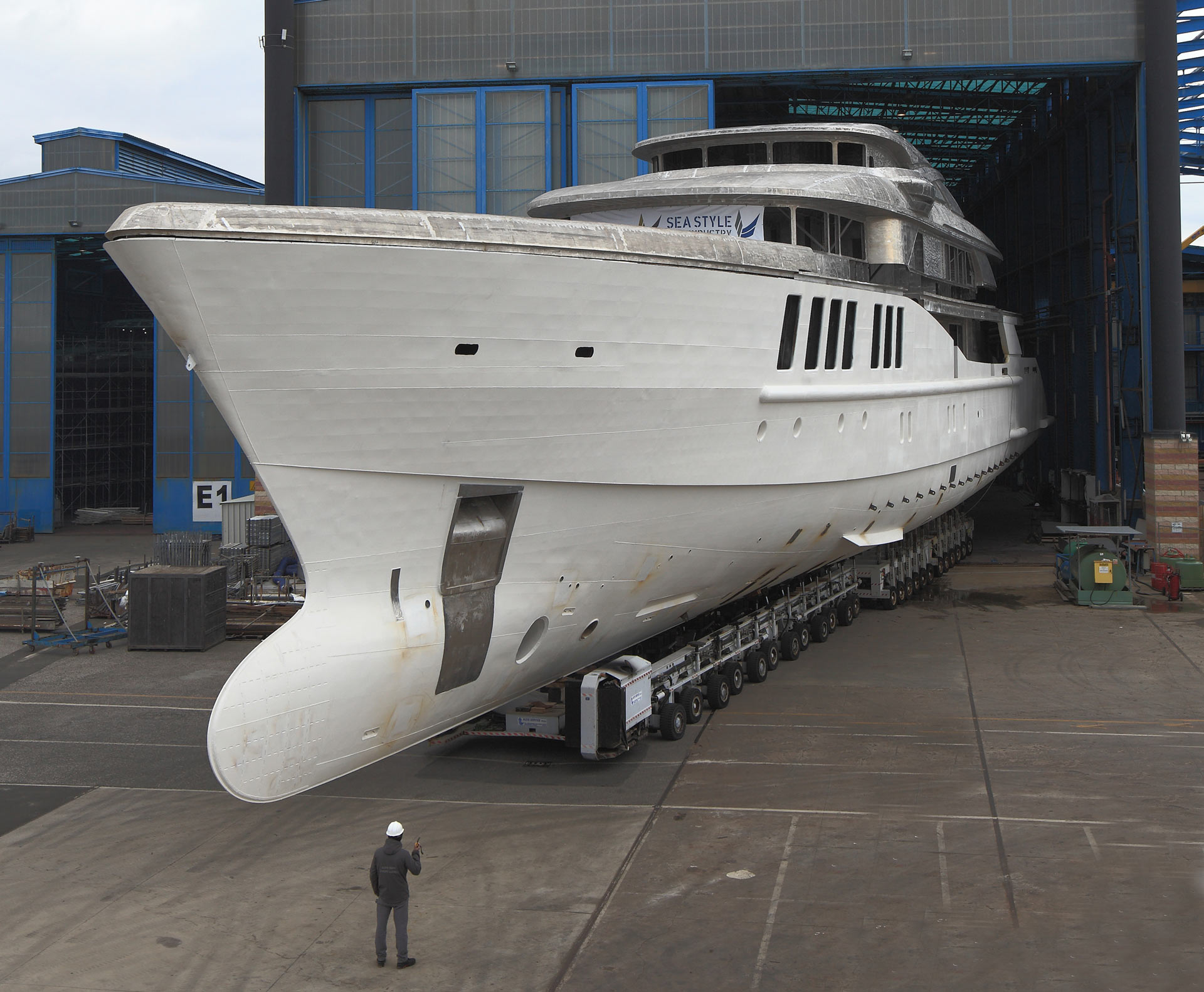 Benetti Fb269 M/Y Spectre: Transfer Completed Of The  69 Meter Megayacht For Out Fitting