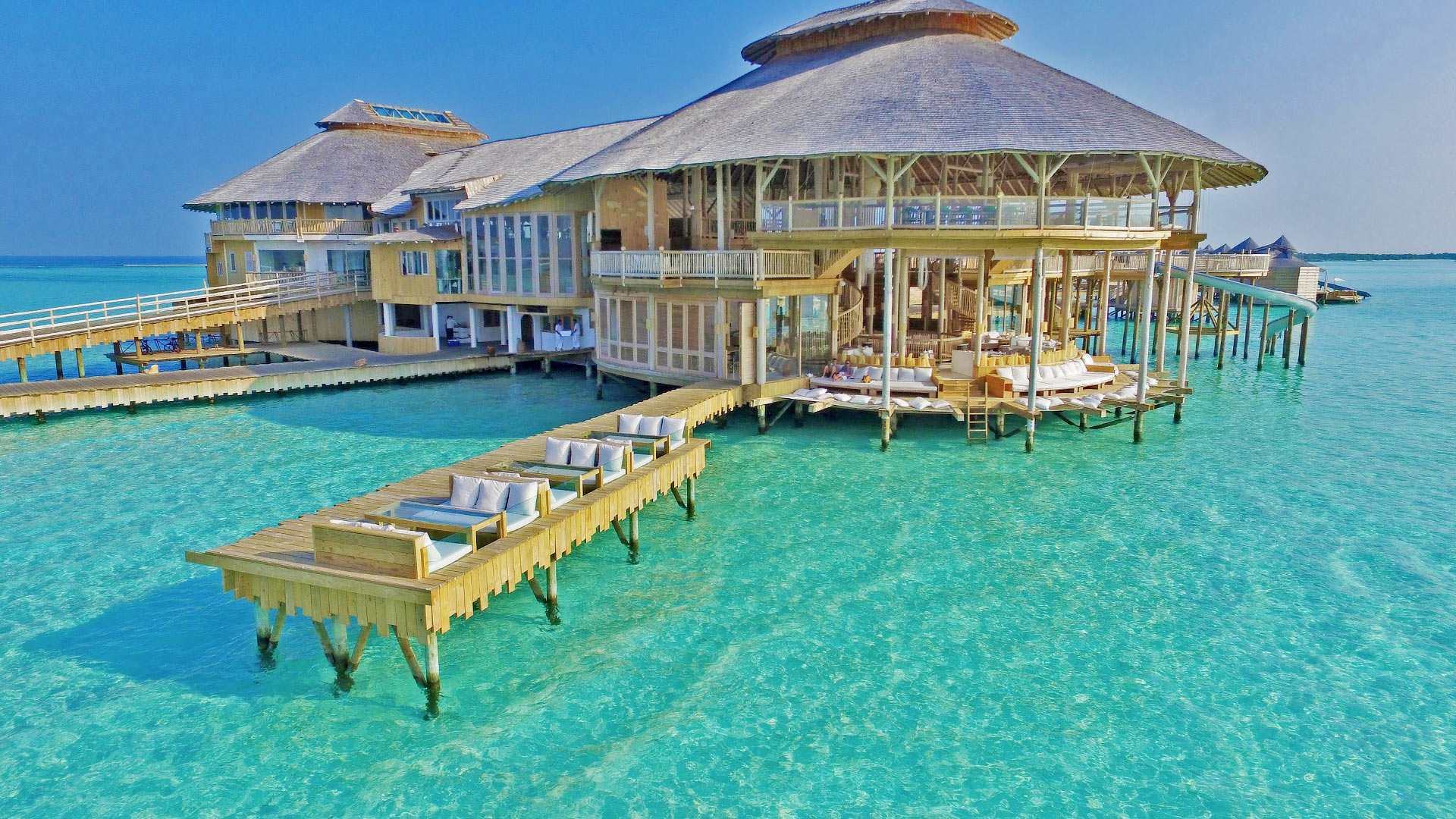 Best Luxury Beach Hotels In The World