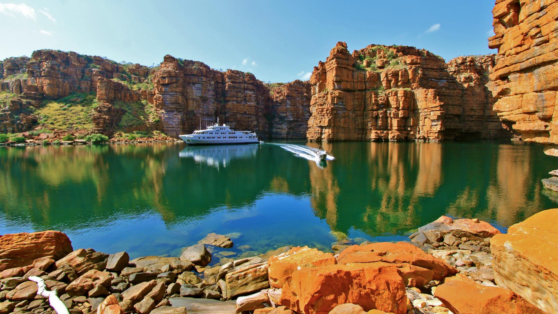 Australian Superyacht Anchorages
