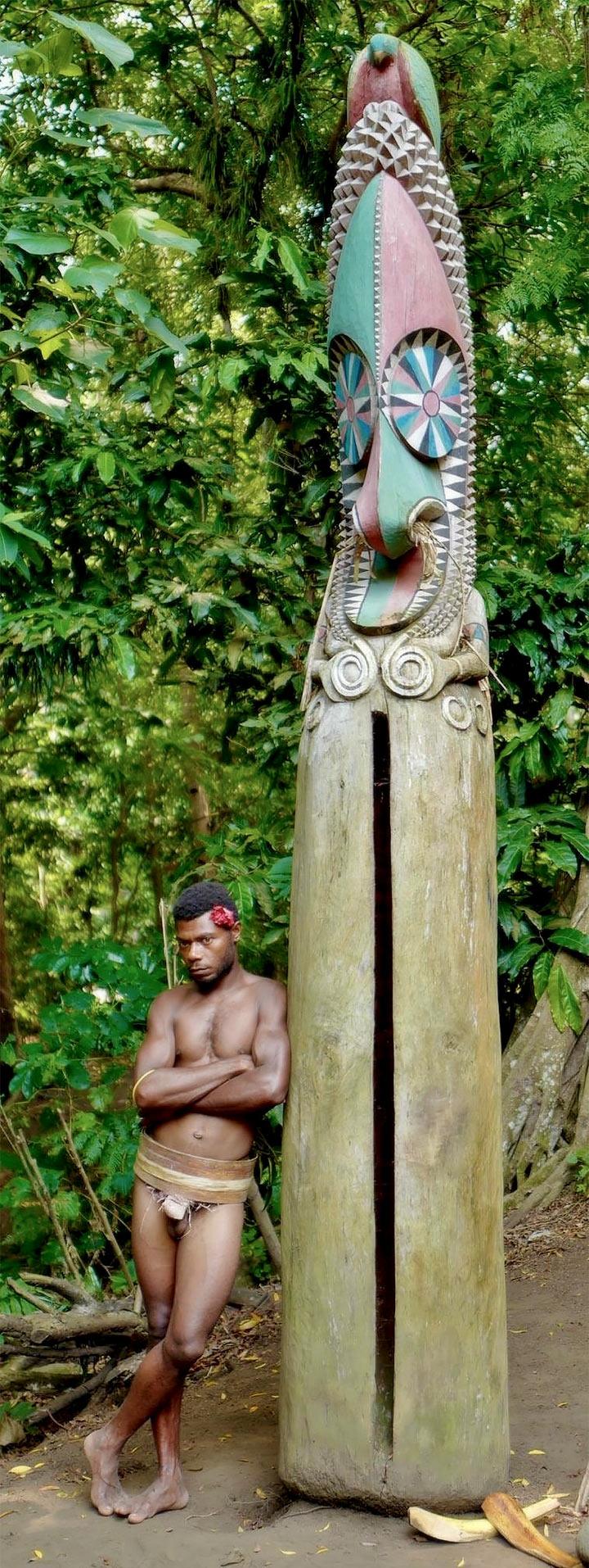 Vanuatu cultural tribal totem pole sculpture via superyacht.