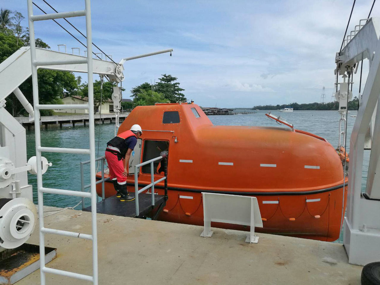 World Class Crew Training In Phuket From Galileo Maritime Academy